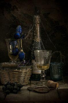 Недопитое вино© komlorik  #Still #Life #Photography