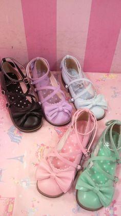 Lolita Shoes...droooool
