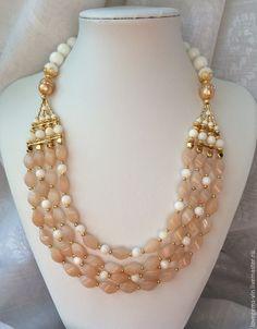 Купить Колье из натуральных камней АННА ПАВЛОВА - четырехрядное колье, натуральные камни, персиковый авантюрин