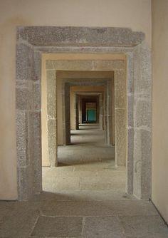 The corridor (Santa Maria do Bouro Convent Inn)