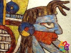 MICHOACÁN MÁGICO. ¿Conoce el arte plumario? En este trabajo totalmente artesanal, la materia prima son las plumas de aves, que se usan en adornos, mantas, tocados y artículos decorativos; las técnicas de elaboración vienen desde los aztecas. En la actualidad se pueden encontrar estas piezas en el pueblo mágico de Tlalpujahua. Visite Michoacán y admire las bellezas realizadas por los artesanos del estado. HOTEL LA CASITA http://www.hotellacasita.com.mx/