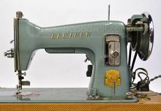 Old Sewing Machines are amazing!