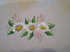 Daisy /Flowers painting on fabric, painted with Folk Art acrylic and Folk Art fabricmedium.