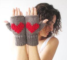 Valentines Day Fingerless Gloves  Mittens Brown  Red от afra, $28.00