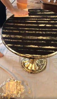 Gorgeous Gold Leafed Table – Diy Home Decor Wood Gold Leaf Furniture, Painted Furniture, Refurbished End Tables, Pintura Patina, Furniture Makeover, Diy Furniture, Faux Granite, Gold Leaf Art, Funky Junk Interiors