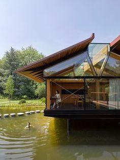 En el lago- Micasarevista Architecture Résidentielle, Water House, Floating House, House Extensions, Stone Houses, Building A House, Building Ideas, Living Spaces, Living Room