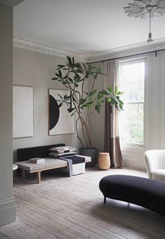 37 Inspiring Tree Interior Design Ideas - We humans evolved surrounded by plants, no wonder we find them so easy on the eye. No home or office interior is complete without at least a few plant. Modern Mansion Interior, Modern Classic Interior, Tree Interior, Interior Design Minimalist, Scandinavian Interior Design, Apartment Interior Design, Best Interior Design, Scandinavian Style, Interior Decorating