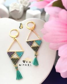 Cliquez ici pour plus d'mʊƭŀʊ ĥλfƭλ sиŀλŕi earring? Earring Trends, Jewelry Trends, Diy Jewelry, Beaded Jewelry, Jewelery, Handmade Jewelry, Jewelry Design, Jewelry Making, Beaded Earrings Patterns