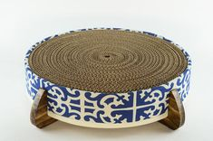 Hey, I found this really awesome Etsy listing at https://www.etsy.com/uk/listing/501538211/cat-scratcher-and-cat-bed-large-round