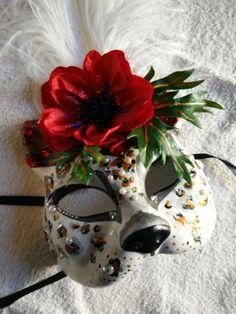 Snow leopard mask, detail