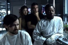 (L-R) Jeremy Davies, Natascha McElhone, George Clooney and Viola Davis in a still from Solaris.