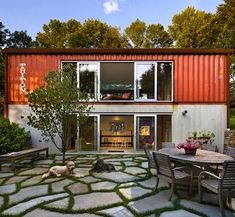10 Cool Shipping Container Homes