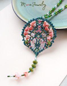 Bohemian necklace floral macrame micro-macrame jewelry