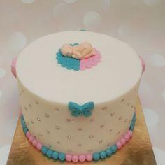 Geboorte / babyshower - Juffrouw taart winsum, gender reveal taart groningen www.juffrouwtaart.nl Babyshower, Gender, Birthday Cake, Desserts, Food, Baby Shower, Birthday Cakes, Meal, Baby Sprinkle