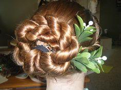 Christmas wreath hair