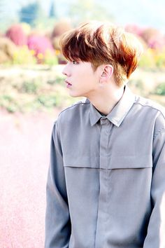 I don't like that grey shirt, but Kihyun looks gorgeous TT TT♡ Jooheon, Hyungwon, Monsta X Shownu, Yoo Kihyun, Minhyuk, Nct, Fandom, Lee Joo Heon, Im Changkyun