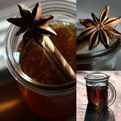 Kyrielle de pots,   Pots de gelée,   Je l'ai tentée   Thé de Noël   Elle est parfaite!   Faites votre gelée,   Gelée de thé,   Thé ...