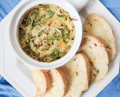 Hot Vegan Spinach Artichoke Dip | Yup, it's Vegan