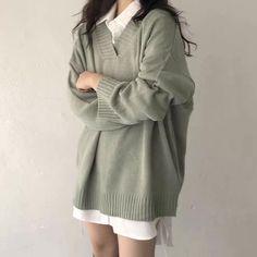 Korean Girl Fashion, Ulzzang Fashion, Korean Street Fashion, Kpop Fashion Outfits, Korean Outfits, Mode Outfits, Cute Fashion, Look Fashion, Fashion Skirts