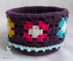 Lady with crochet: Koszyczek Granny Square
