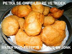 Our slice of heaven: No Knead Bread and Vetkoek . you got to try vetkoek South African Recipes, Ethnic Recipes, Savoury Mince, Bread Dough Recipe, No Knead Bread, Bread Rolls, Easy Cooking, Bread Recipes, Easy Meals