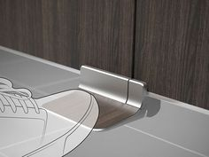 Pedal Door Handles - The Foot Latch Facilitates the Hands-Free Use of Bathroom Stalls (GALLERY)