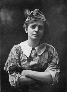 Maude Adams as Peter Pan - Peter Pan collar - Wikipedia, the free encyclopedia