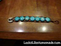 A simple to follow tutorial to make this bohemian bead and leather strap bracelet.