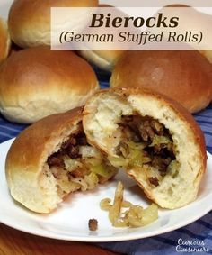 BIEROCKS (GERMAN STUFFED ROLLS) The flavorful beef and cabbage stuffed in a fluffy roll makes German Bierocks the perfect hand-held food to go along with your Oktoberfest beer. Oktoberfest Hairstyle, Oktoberfest Food, German Oktoberfest, Beef Recipes, Cooking Recipes, German Food Recipes, Recipies, German Recipes Dinner, Spanish Recipes