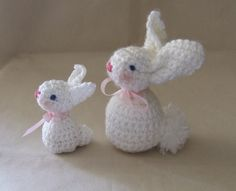 white bunnies- one with yarn, the other with thread (hence the size difference)