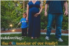 4th of July Pregnancy Announcement - Hilary Mercer Photography