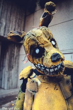 Springtrap | Five Nights at Freddy's 3  by: Inuki Cosplay.