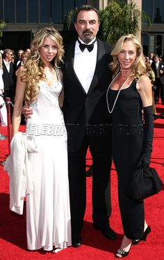 tom selleck with his wife, jillie, and their daughter hannah (in white)