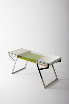 Lui desk, designed by Paolo Maria Fumagalli for Gallotti & Radice #glass #desk #furniture