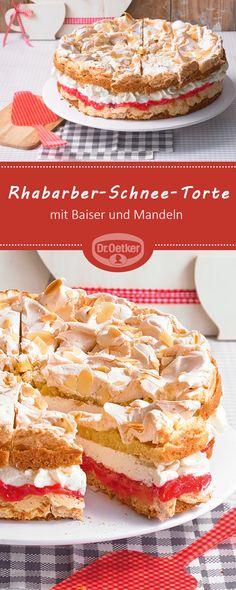 Rhabarber-Schnee-Torte: Rührteigböden mit Baiser und Mandeln umhüllen fruchtigen Rhabarber und Vanille-Sahne #torte #rhabarbertorte #schneetorte