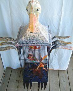 Acrobates en cage, papier mâché, métal, acrylique, 46 x 18 pouces environ *VENDU Cage, Sculptures, Canning, Paper Mache, Home Canning, Conservation, Sculpture