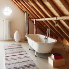 I really want to sneek a tub into our bedroom.