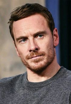 Michael Fassbender Is Beautiful : Michael Fassbender appears to promote 'Assassin's Creed' during the AOL BUILD Series at AOL HQ on December 2016 in New York City. Michael Fassbender 300, James Mcavoy, Steve Jobs, Hot Actors, Actors & Actresses, Jake Gyllenhaal, Beatles, Hot Guys, Eye Candy