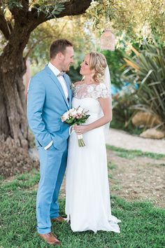 5abc5725c Beautiful destination wedding with pastel colors