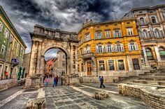 Arch of the Sergi - Golden Gate, Pula, Croatia