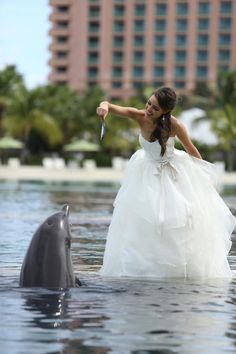 Atlantis Resort Wedding in the Bahamas  This reminds me of something I'd do!!!