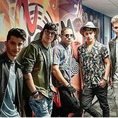 Cool guys    😎