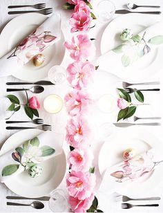 DIY Magnolia Napkins + Easter Tablescape | Poppytalk