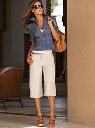 Simple summer look. Jacket  capris.