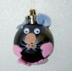 Hiiripallo Christmas Bulbs, Holiday Decor, Christmas Light Bulbs