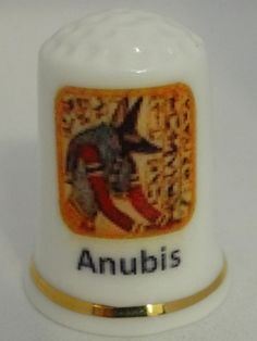 Anubis. Ana Piña. Porcelana. España.