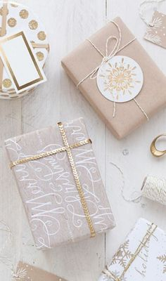 Show your crafty side this Holiday season with Minted's personalized gift tags and wrapping paper selection.