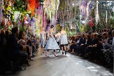 Christian Dior Paris Runway Spring/Summer 2014 | Yellowtrace.