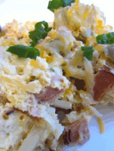 Slow Cooker Breakfast Casserole on MyRecipeMagic.com from Six Sister's Stuff. 7 hours in the crock pot and wake up to a hot breakfast. I love that idea!
