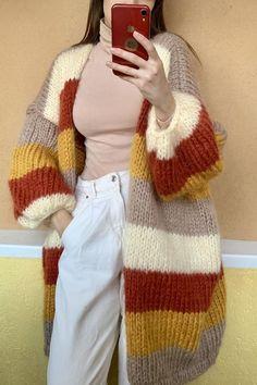 Mohair Cardigan, Crochet Cardigan, Beige Cardigan, Oversized Cardigan, Mode Ootd, Crochet Fashion, Diy Crochet, Crochet Designs, Handmade Clothes